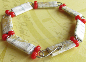 Paper Bead Bracelet Made from Paper Clips