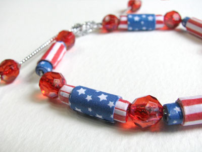 Paper Bead Bracelet for 4th of July